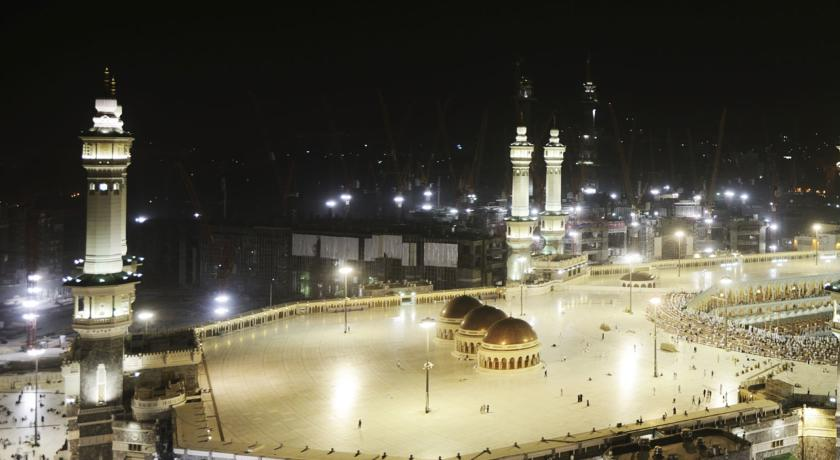 5 Star 7 Nights Ramadan Umrah Package (Without Flight, Quad Share)